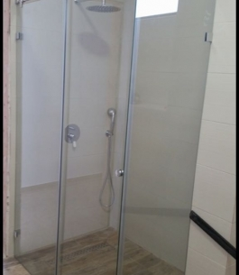 מקלחון הזזה_1
