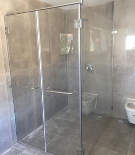 מקלחון פינתי_1