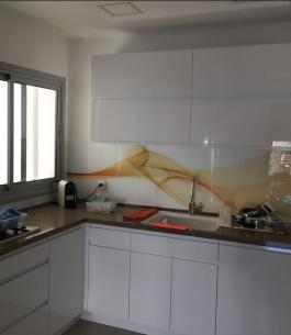 חיפוי זכוכית למטבח_1